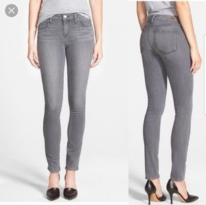 Paige Gray Skyline Skinny Jeans Size 25 . Conditio